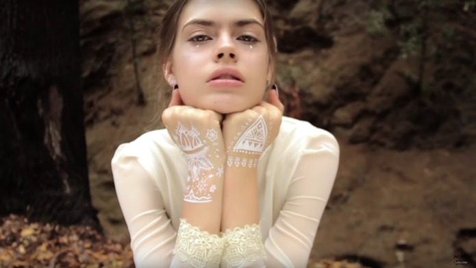 Temporary snowflake tattoos are the coolest