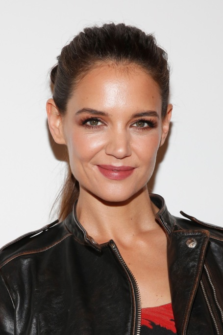Celebrities On Their Favorite Thanksgiving Dishes | Katie Holmes