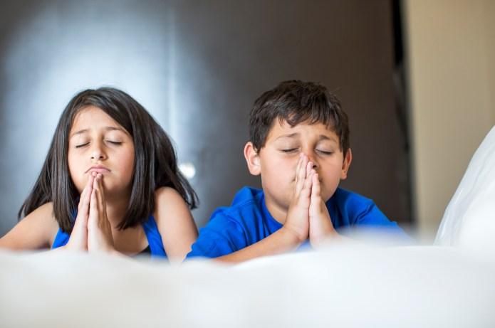 5 Ways praying can help strengthen