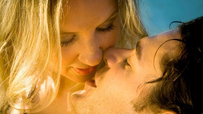 17 GIFs that explain what sex