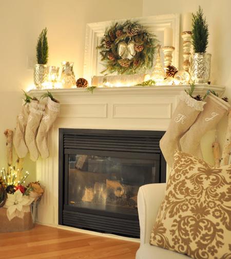 Restoration House's christmas mantel