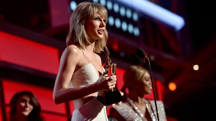 2015 Billboard Music Awards winners: See