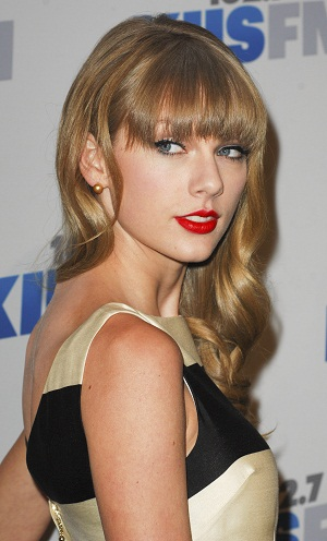 Taylor Swift on the KIIS red carpet