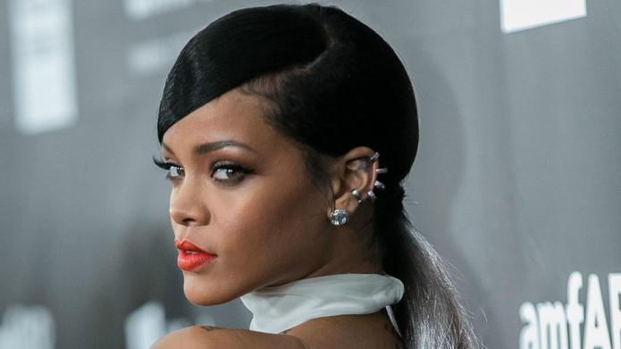 Rihanna disses her music, even though