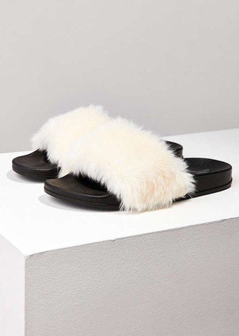 The Most-Pinned Summer Fashion Trends of 2017: Lola Faux Fur Slides | Summer Fashion Trends