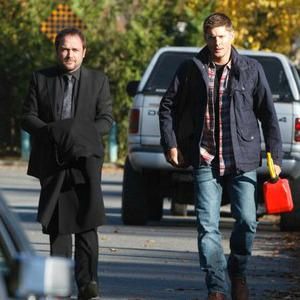 Should Dean trust Crowley? Supernatural sneak