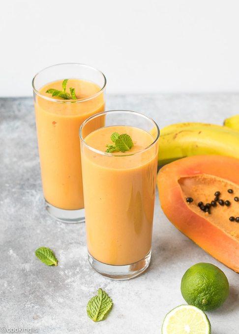 Turmeric papaya smoothie