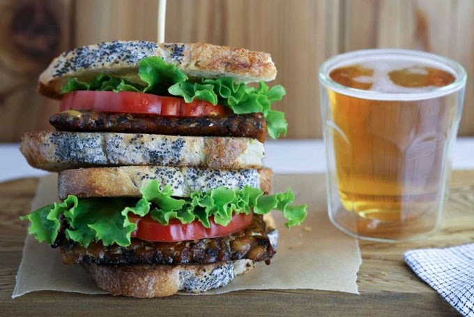 tempeh bacon BLT sandwich