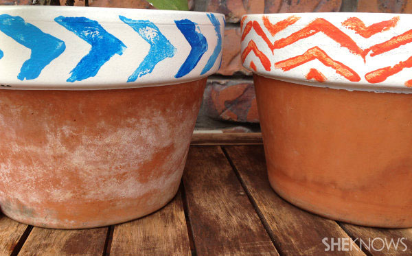 Terracotta stammped pots