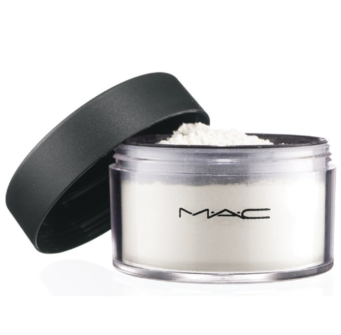 Makeup Artists On Their Favorite Beauty Products | M.A.C. Set Powder