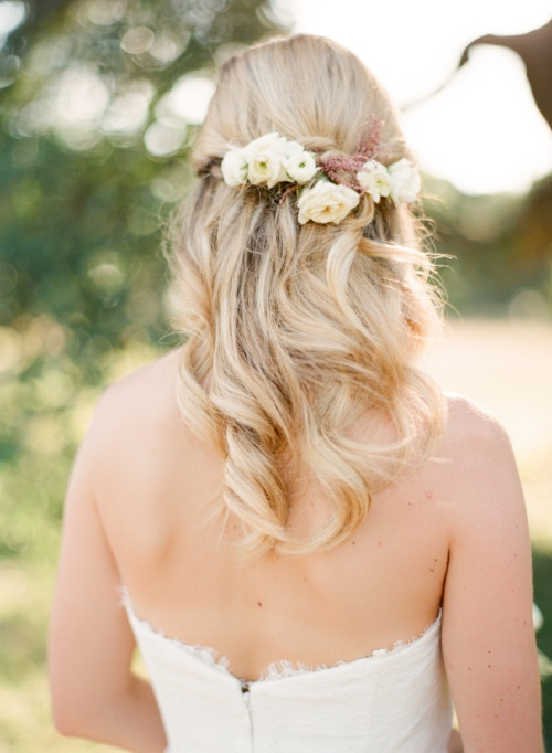 Ethereal Bridal Hair Accessories | Mint Photography