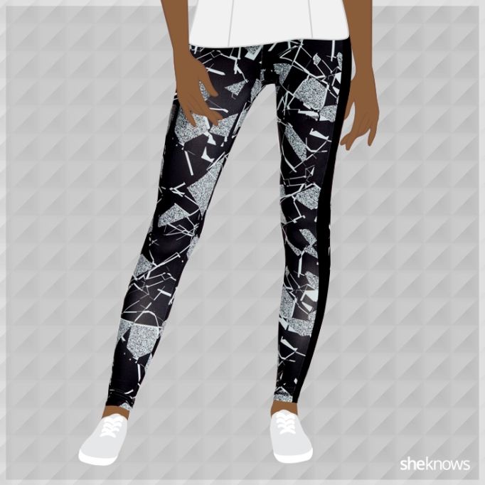Black and white geometric leggings