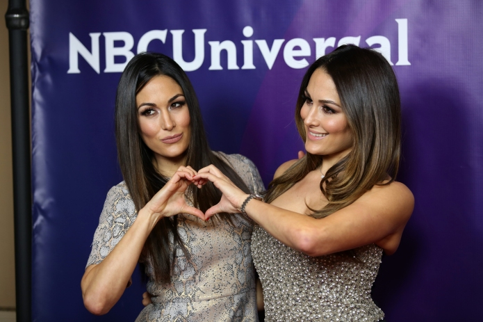 11 Reasons the Bella twins are