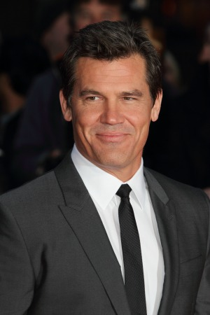 The Goonies director Richard Donner announces a sequel with the cast including Josh Brolin
