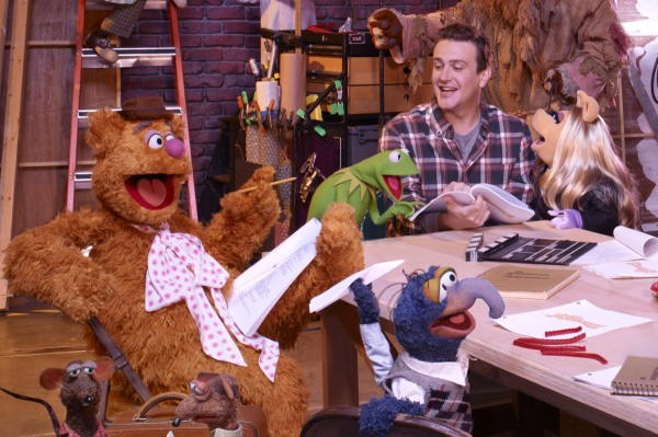 The Muppets take second place in Thanksgiving box office race