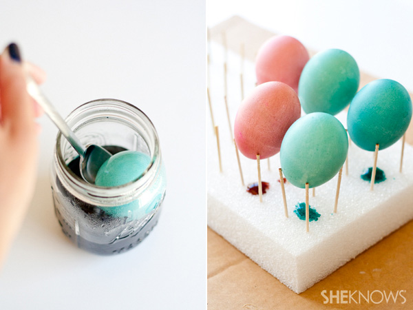 Golden marbled Easter eggs DIY