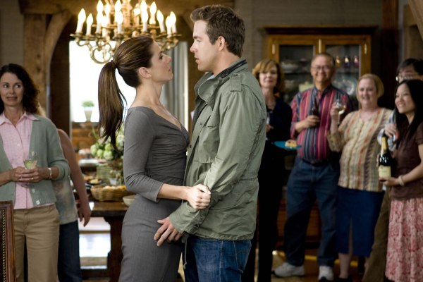 Sandra Bullock and Ryan Reynolds get married in The Proposal