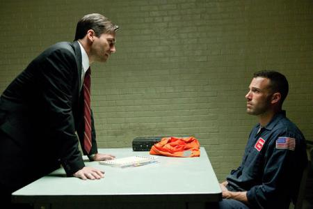 Jon Hamm and Ben Affleck in The Town