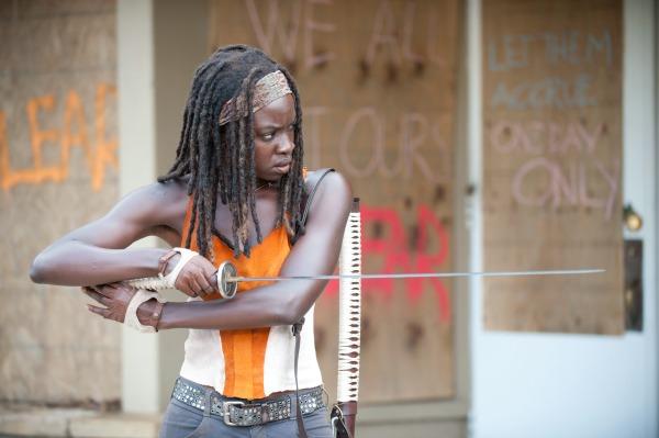 The Walking Dead Season 4 clip - Michonne's in trouble