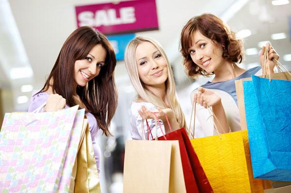 Three women shopping together | Sheknows.com