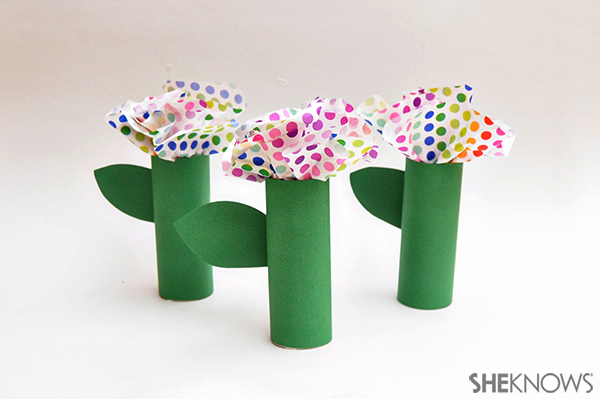Tissue paper flower garden | Sheknows.com