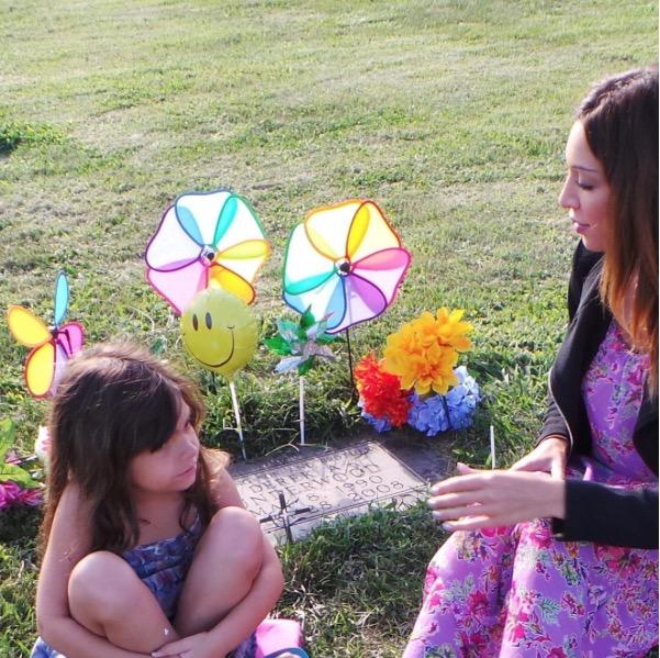 Teen Mom's Farrah Abraham and daughter Sophia visit Daddy Derek's grave