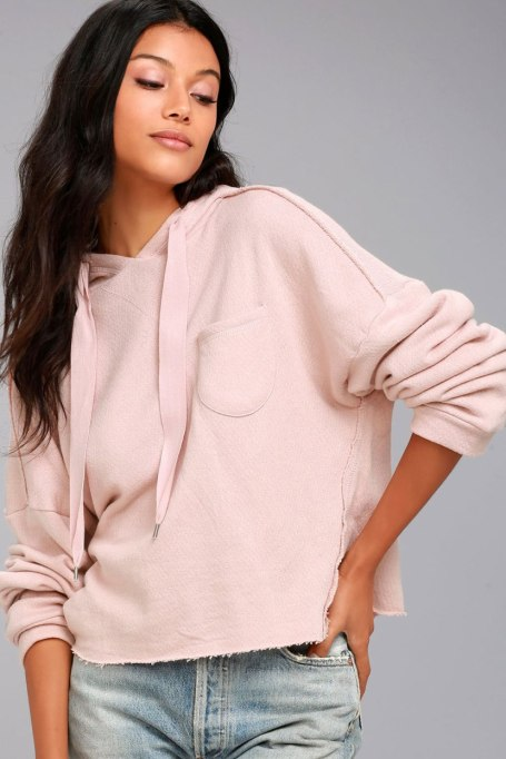 Ways To Wear Pastels This Fall | The Cropped Hoodie