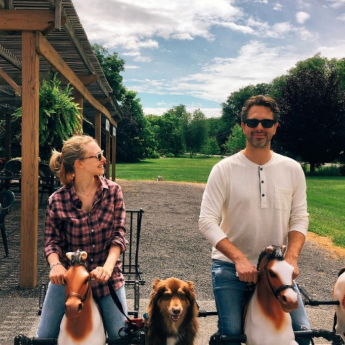 Celebrities who got married in 2017: Amanda Seyfried & Thomas Sadoski
