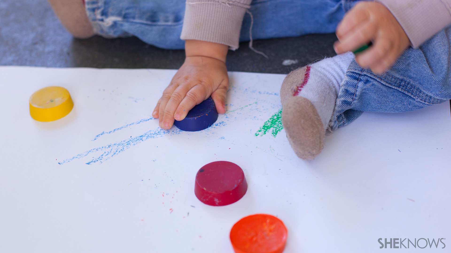 Toddler crayon   Sheknows.com - Color time
