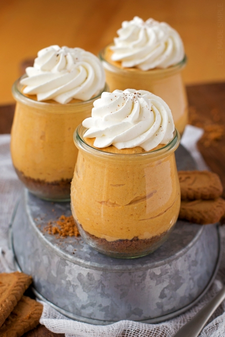 Easy No-Bake Thanksgiving Desserts: Individual Pumpkin Cheesecakes