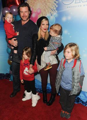 Tori Spelling Dean McDermott and family