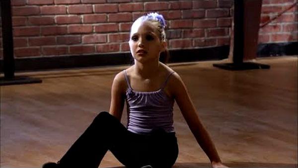 Maddie Ziegler in Drop Dead Diva