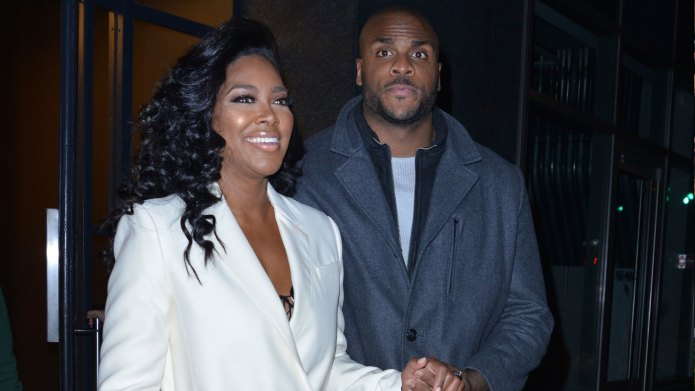 Kenya Moore posts frightening photo after
