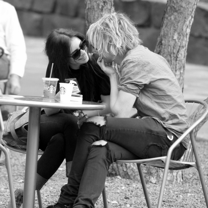 Lily Collins & Jamie Campbell Bower lunch date