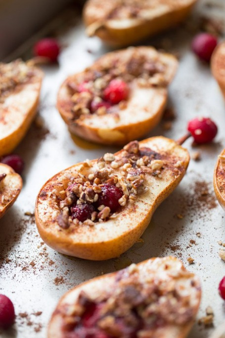 Easy Winter Breakfast Ideas | Baked Pears with Honey, Cranberries and Pecans