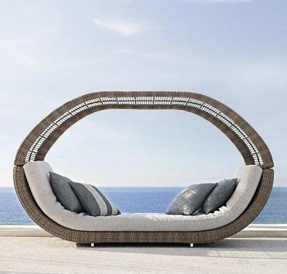 5 Poolside seats you want for