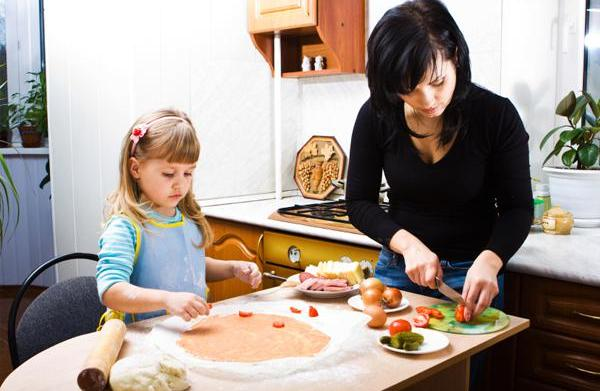 Cooking 101: 5 Lessons every child