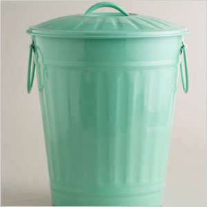 Retro trash can