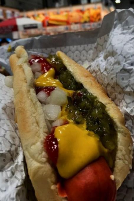 Costco Food Court: Hotdog