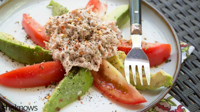 Skinny lemon-pepper tuna salad is super