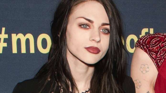 Frances Bean Cobain finds comfort in