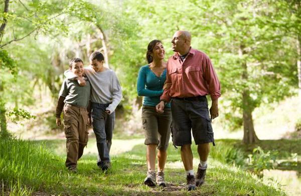 Fun outdoor activities for kid-friendly fitness