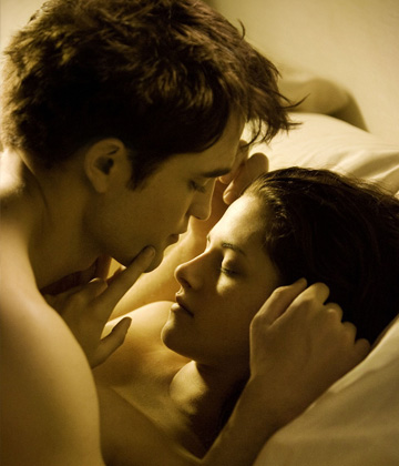 Twilight Breaking Dawn bed scene