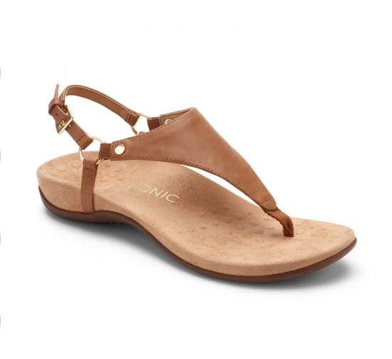 Flat sandal with brown leather upper