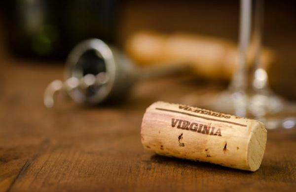 A travel guide to Virginia's wine