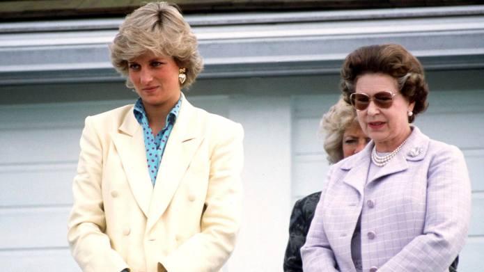 Why Queen Elizabeth Didn't Publicly Mourn