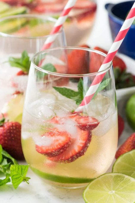 LaCroix Cocktails: Serve punch for your whole party with this recipe