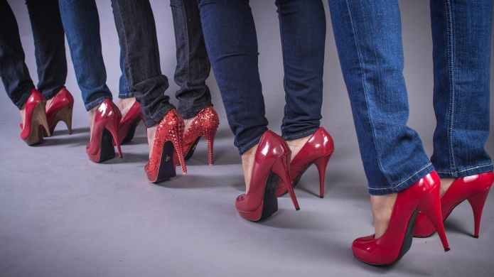 How wearing red shoes can help