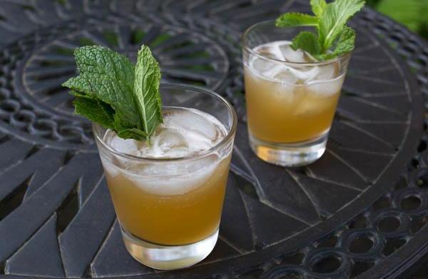3 Lemonade cocktail recipes
