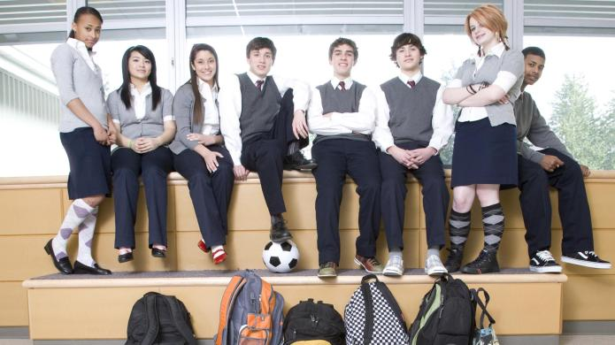 How to personalize a school uniform